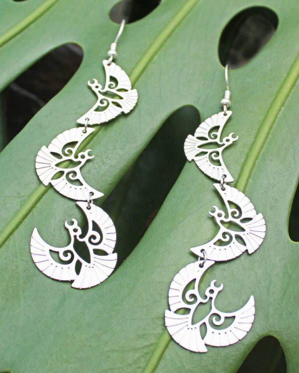 sample Silvereye earring